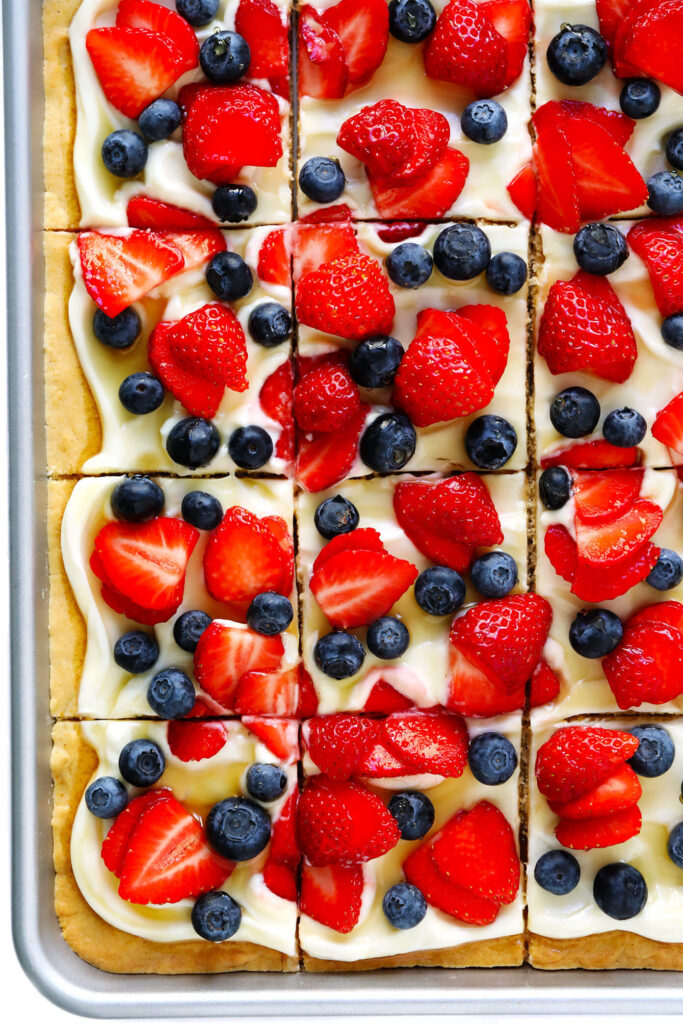 Fruit Pizza for 4th of july celebreation